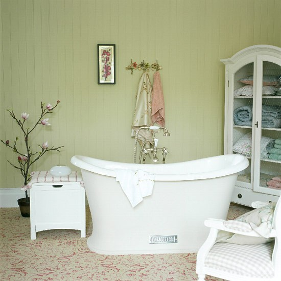Oriental bathroom | Country Homes & Interiors | Image | Housetohome.co.uk