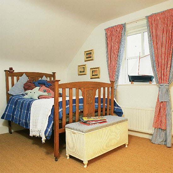 Boy 39 s bedroom with wooden bed and gingham curtains for New england bedroom