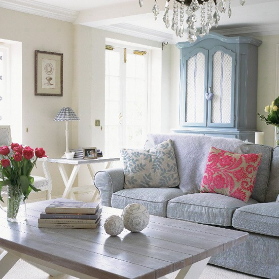 French-style living room | Living rooms | Patterned sofa | Image | Housetohome