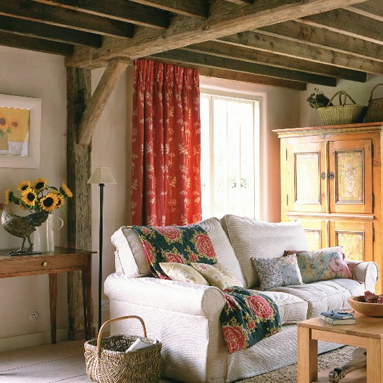 Cream walls and exposed beams - Living room with cream walls ...