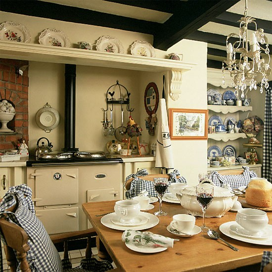Traditional Country Kitchen/diner