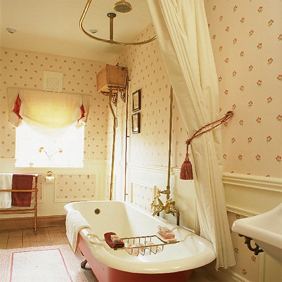 Pink floral bathroom bathroom idea wallpaper for Floral bathroom wallpaper