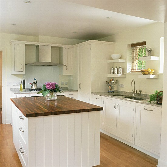White Kitchen Units With Oak Worktop: Shaker-style Kitchen With Granite And Wooden Worktops
