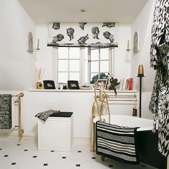 Monochrome en-suite bathroom   Bathroom idea   Flooring   Image   Housetohome.co.uk