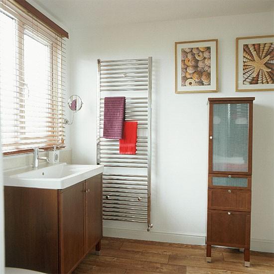 Wooden en-suite bathroom | Bathroom vanities | Decorating ideas | Image | Housetohome