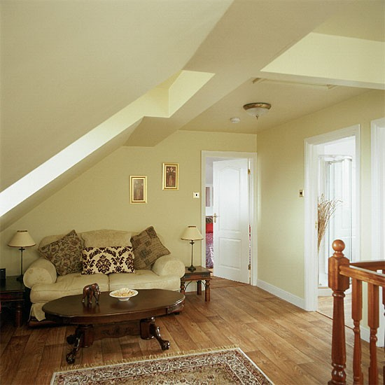 Hall stairs and landing decorating ideas decorating ideas for Interior decoration for hall