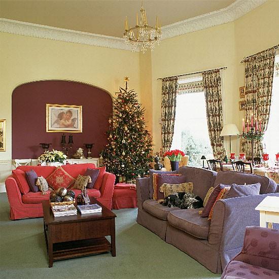 Christmas living room | Traditional living room | image | Housetohome