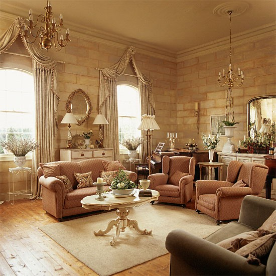 Traditional living room decorating ideas for Classic traditional living rooms