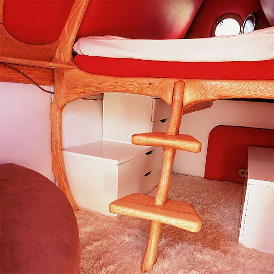 Space Saving Furniture Ideas Loft Bedroom Interiors: Space-saving Pod Bedroom