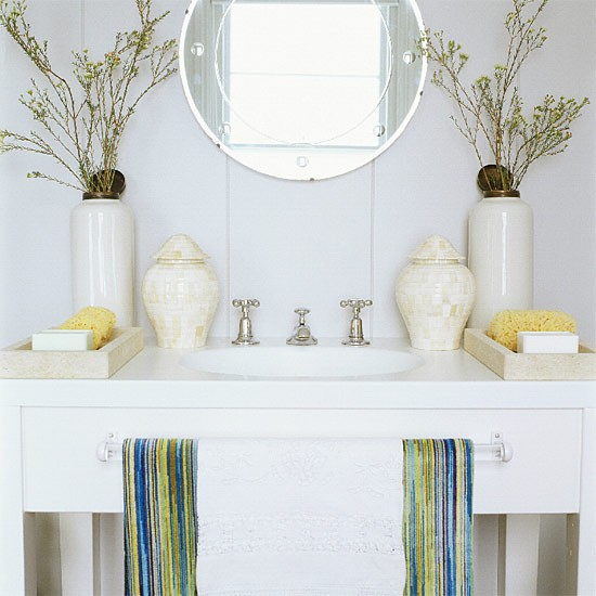 Symmetrical bathroom vanity unit | Bathroom idea | Mirror | Image | Housetohome.co.uk
