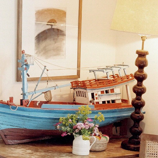 Eclectic living room detail | Decorating ideas | Image | Housetohome.co.uk