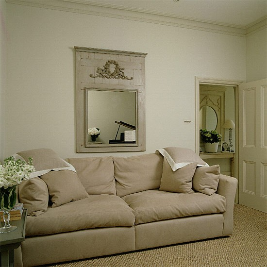 Classic neutral living room living room furniture for Neutral living room decorating ideas
