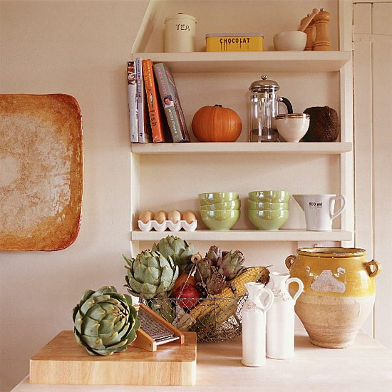 Kitchen Shelf Decor Ideas: Country Kitchen Shelves