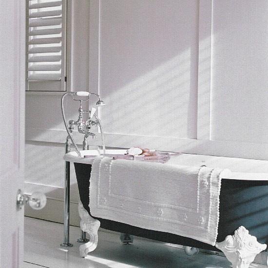 White bathroom | Bathroom idea | Bathtub | Image | Housetohome.co.uk