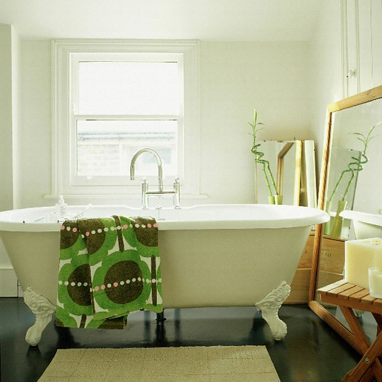 Small bathroom | Neutral tones | Image | Housetohome.co.uk