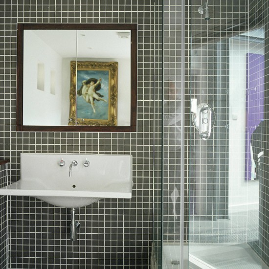 Monochrome bathroom | Bathroom idea | Glass screen | Image | Housetohome.co.uk