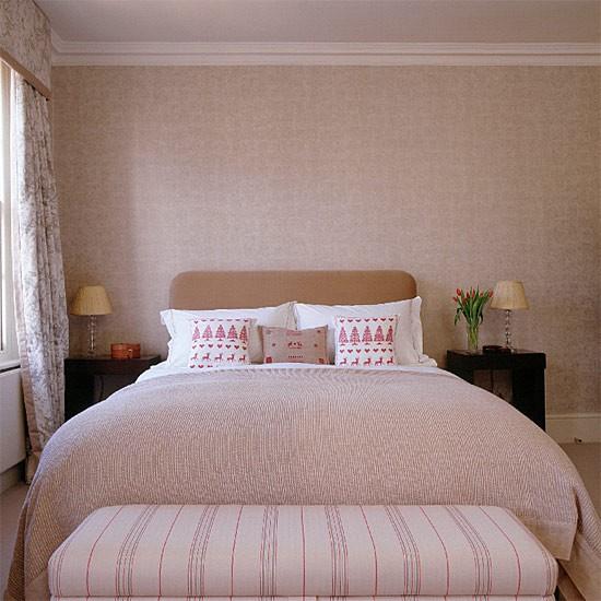 Neutral bedroom bedroom furniture decorating ideas for Neutral decorating ideas