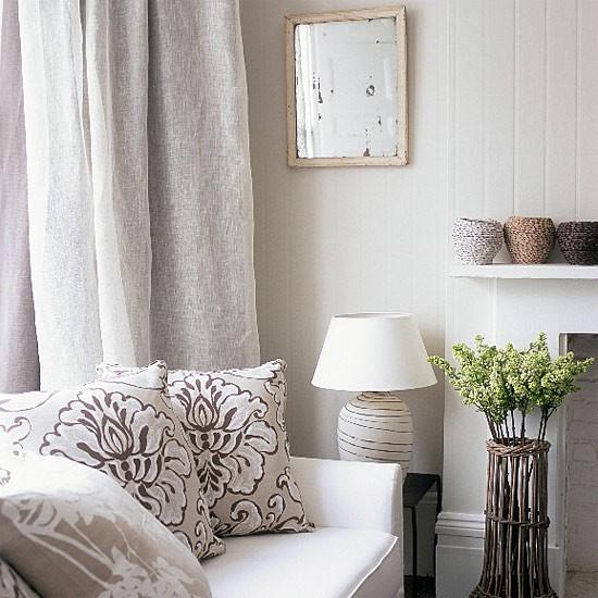 White patterned living room | Image | Housetohome.co.uk