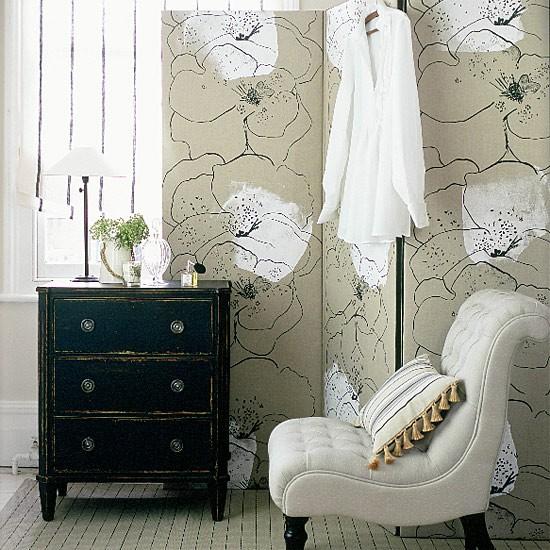 Classic Monochrome Bedroom