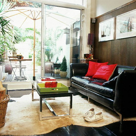 Living room of high contrasts | Decorating ideas | Image | Housetohome.co.uk
