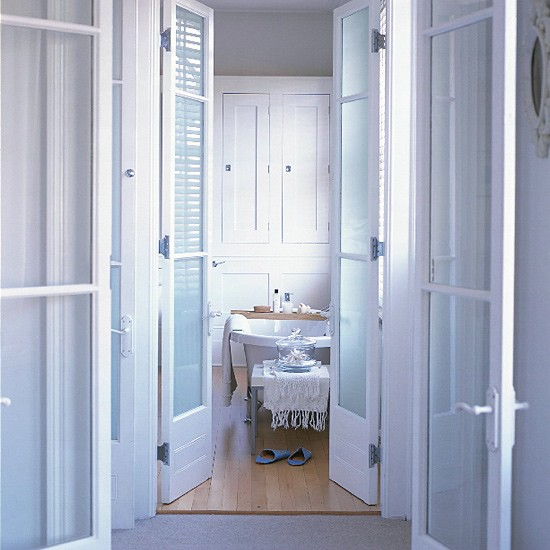 Large en suite bathroom with dressing area bathroom for Bathroom designs with dressing area