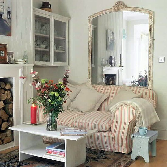 Living room with vintage style for Small country living room ideas