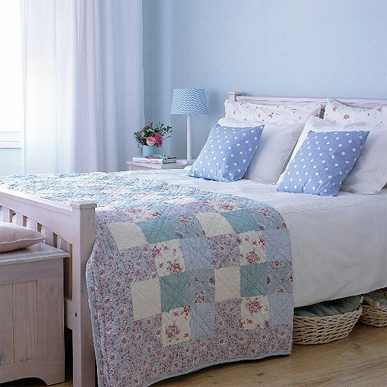 Bedroom style bedroom furniture decorating ideas for Cath kidston style bedroom ideas