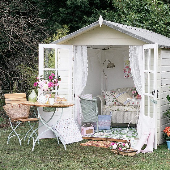 Shabby Chic Decorating Garden Sheds