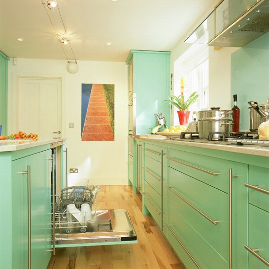 Contemporary lacquered kitchen | Kitchen design | Decorating ideas | Image | Housetohome