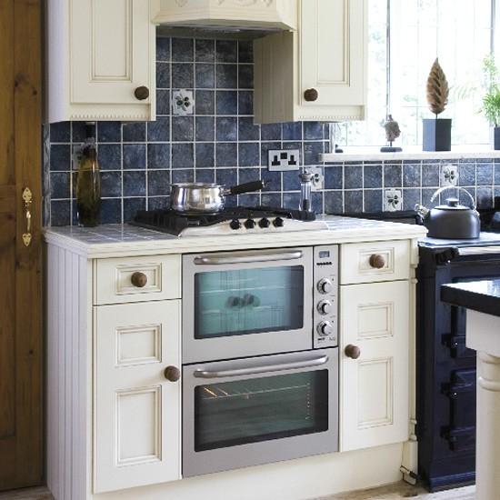 Traditional painted kitchen   Kitchen design   Decorating ideas   Image   Housetohome