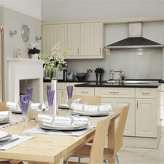 Classic kitchen-diner | Kitchen design | Decorating ideas | Image | Housetohome