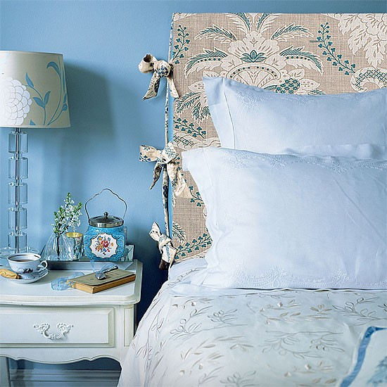 Traditional blue bedroom | Fresh blue bedroom makeovers | Design | Homes & Gardens | PHOTO GALLERY | Housetohome.co.uk