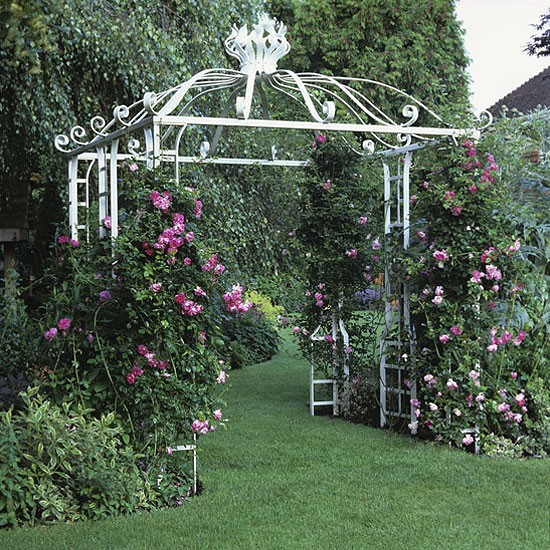 Garden with white rose arbour garden design for White house rose garden design