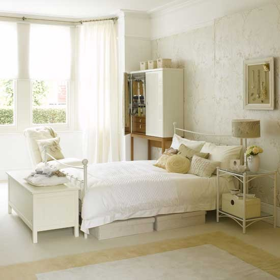 Elegant white bedroom bedroom furniture decorating for Bedroom ideas with white furniture
