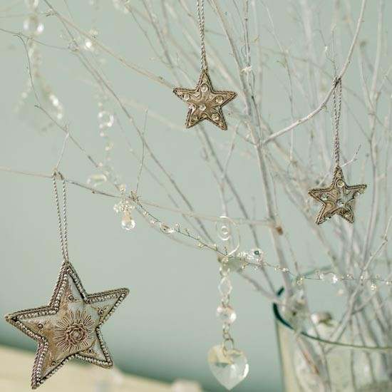 Create your own mini Christmas tree 