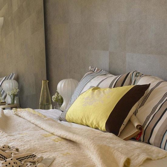 Textured bedroom neutral tones for Neutral bedroom wallpaper