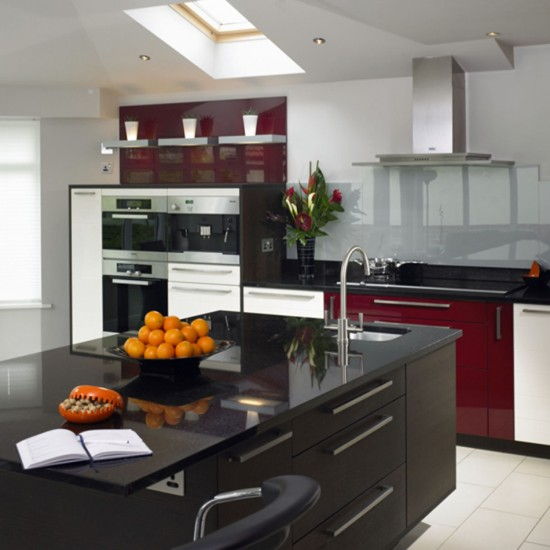Hi-gloss kitchen | Kitchen design | Decorating ideas | Image | Housetohome