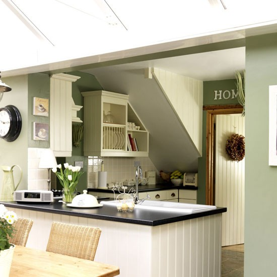 Green country style kitchen kitchen design decorating for Green country kitchen ideas