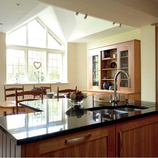 Cherry-wood Shaker Kitchen/diner