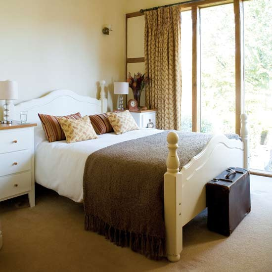 Warm cream bedroom | Bedroom furniture | Decorating ideas | Image | Housetohome