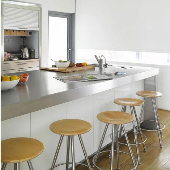 Sleek Kitchen Design: Sleek And Simple Kitchen-diner