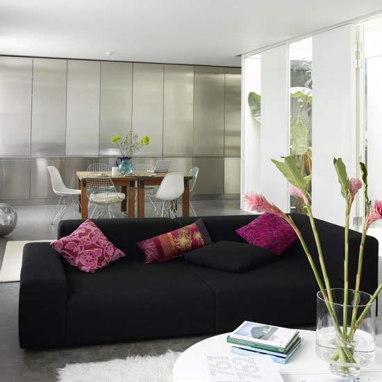 Modern metallic living room living romo furniture for Black and pink living room designs