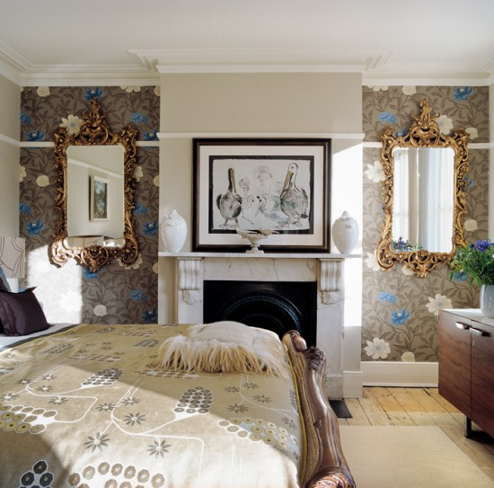 Bedroom with bold wallpaper bedroom furniture for Bold bedroom ideas