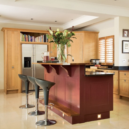 Kitchen with split level island unit kitchen design for Kitchen unit design