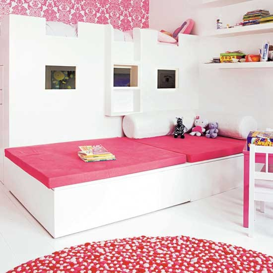 Hot pink children 39 s bedroom bedroom furniture for Hot pink bedroom set