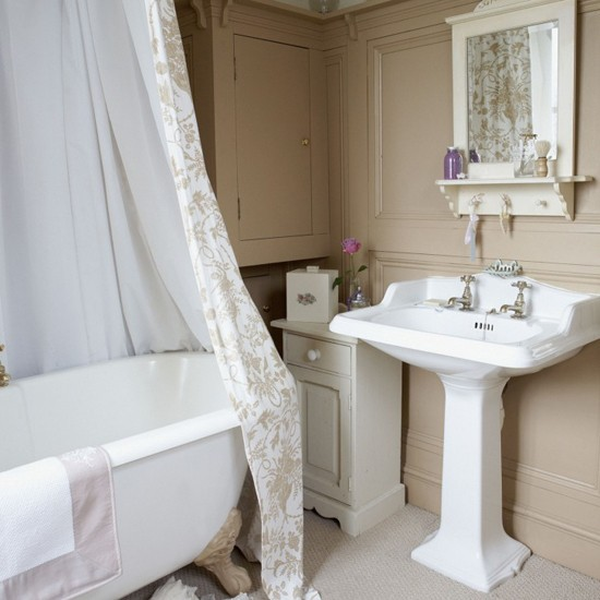 Panelled bathroom | Bathroom vanities | Decorating ideas | Image | Housetohome