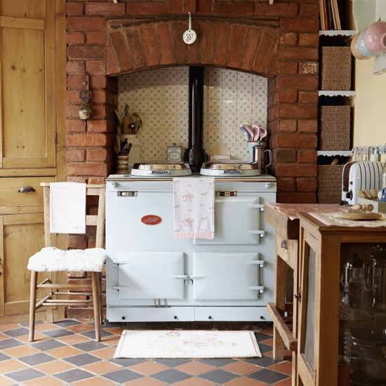 Stylish country kitchen kitchen design decorating for Country kitchen ideas uk