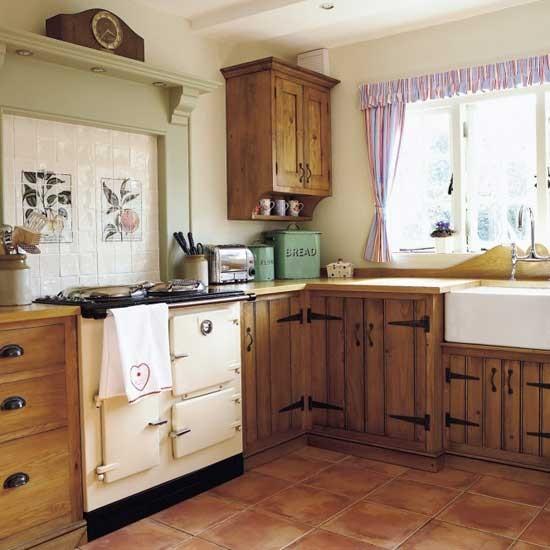 Ремонт на кухне своими руками в деревянном доме