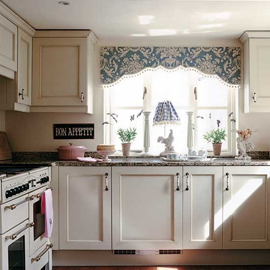 Country cottage kitchen | housetohome.