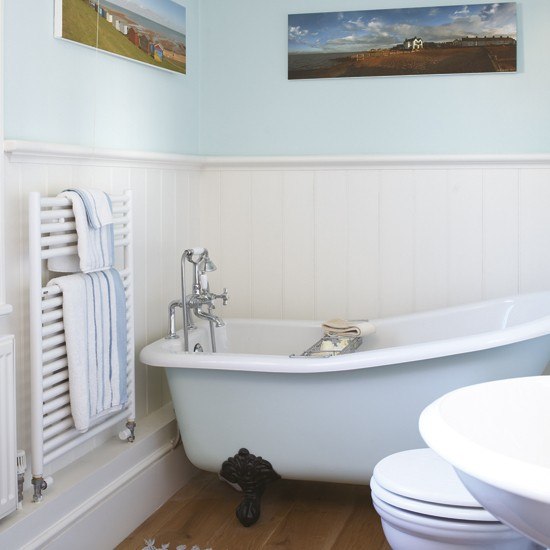 Small pale blue bathroom small bathroom design ideas for Small bathroom ideas uk